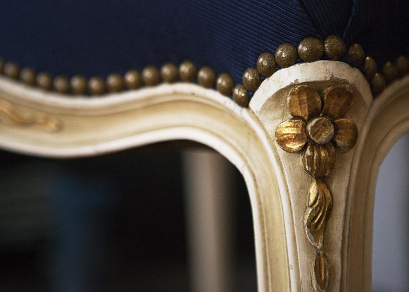 ligne-meridienne-travaux-tapisserie-d-ameublement-fauteuil